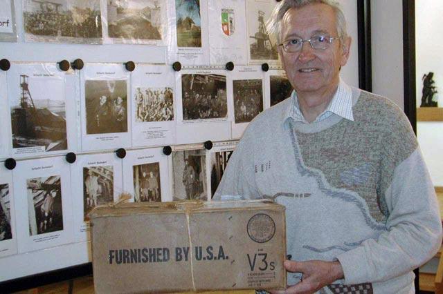 Gunter Ludewig bereitet eine neue Ausstellung vor
